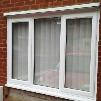 Double glazed windows in white uPVC